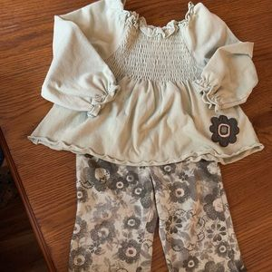 Little girls two piece outfit